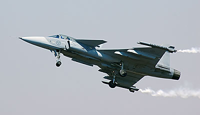 Истребитель JAS-39 Gripen