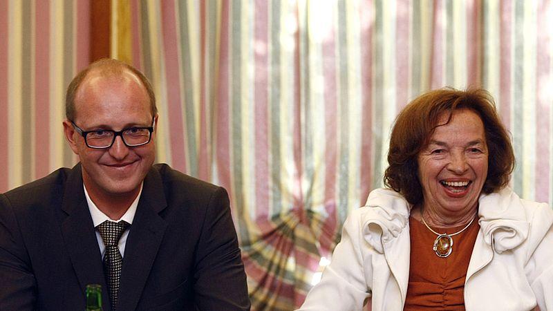 Генеральный директор ЛУКойла по Центральной Европе Денис Рюпин и Ливия Клаусова
