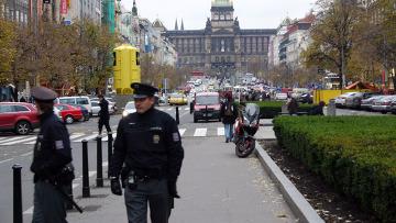 Для Дмитрия Медведева в Праге готовят усиленную охрану