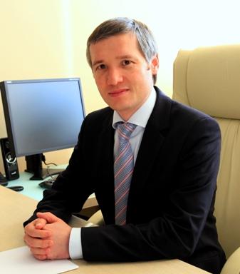 Александр Атаджанов