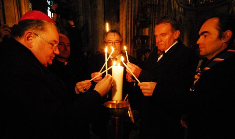 Прага обретёт Вифлеемский огонь