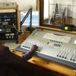 Ведущий радиостанции предотвратил самоубийство