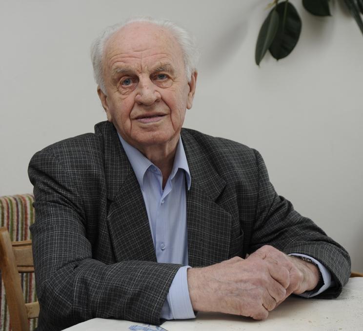 Анатолий Алексеевич Андреев