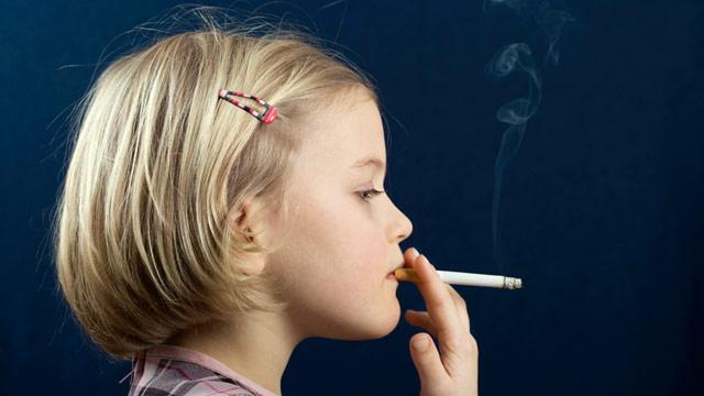 Учителя в детских садах борются с курением среди детей