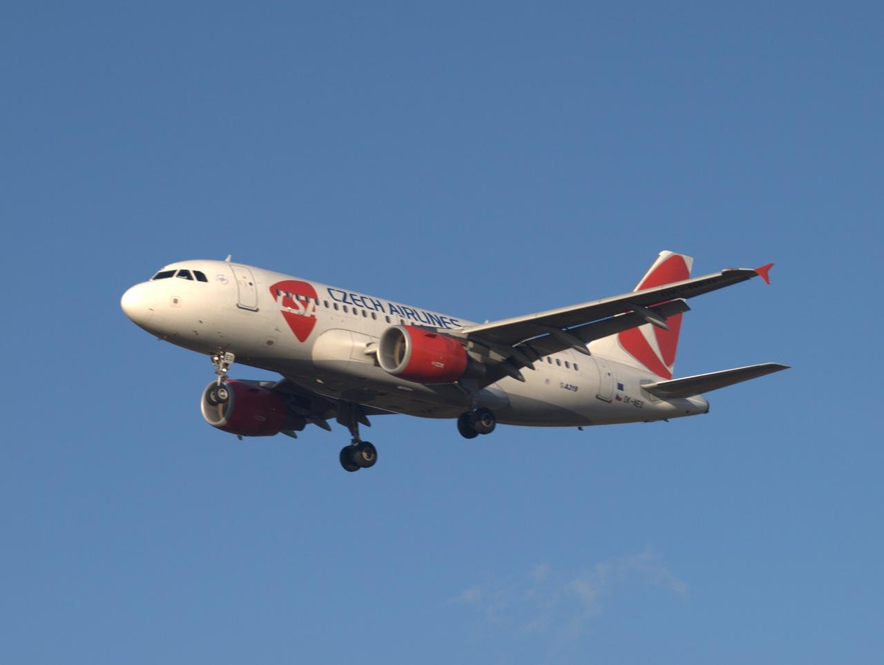 Пилот чешского самолета скончался во время полёта
