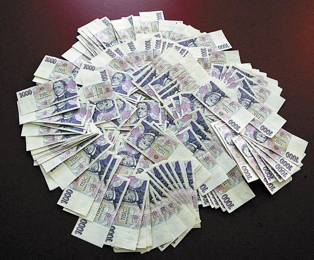 Русские в Чехии на втором месте по уровню зарплаты