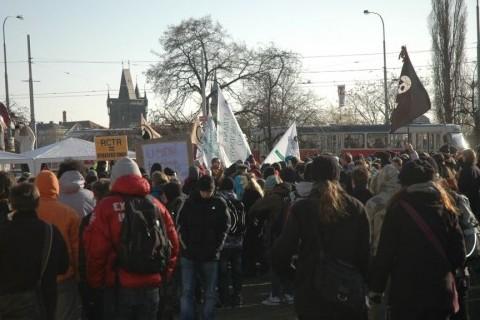 Чехи требуют отставки правительства (фото EuroZpravy.cz)
