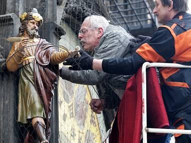 Реставраторы обновили фигурки на пражских курантах (фото Den?k.cz)