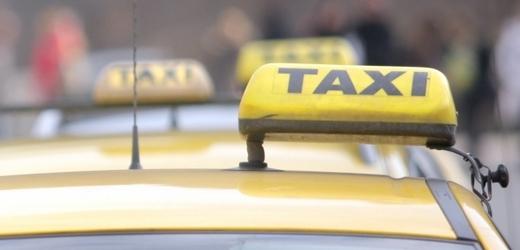 Между таксистами в Праге началась ценовая война