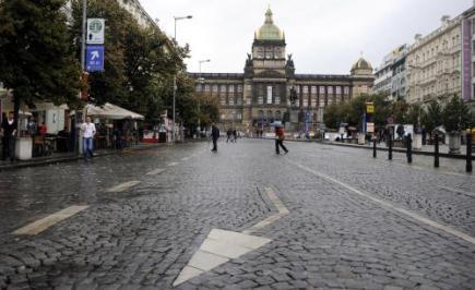 Вацлавскую площадь хотят полностью закрыть для автомобилей