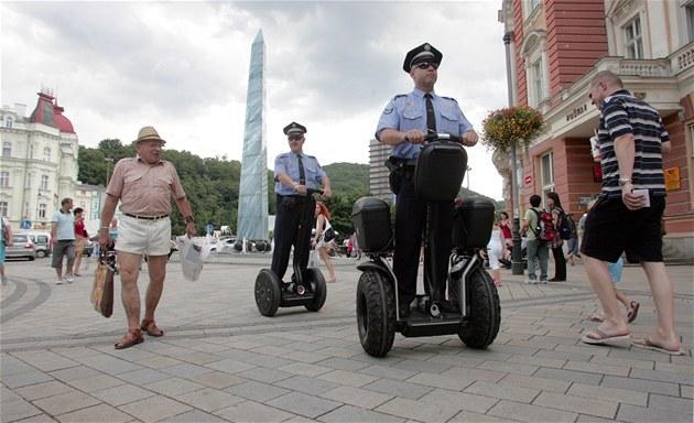Новый вид полицейского патруля (фото MF Dnes)