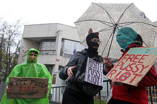 Чешские феминистки поддержали Pussy Riot