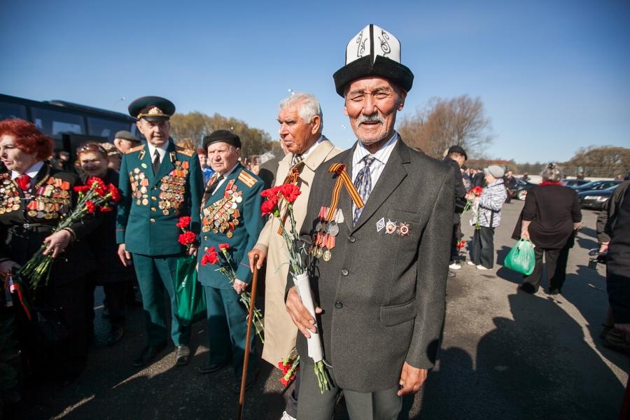 Ветераны и блокадники посетили Петербург