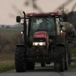 Крестьяне выведут на дороги 1600 тракторов и спецтехники