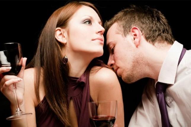 Учёные с давних пор задумывались о секретах притяжения мужчины и женщины