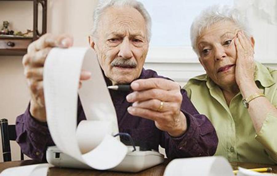 с 2013 года работающие пенсионеры будут платить больше налогов