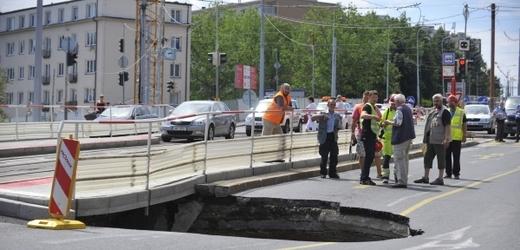 По Европской улице вновь ездят трамваи и автобусы