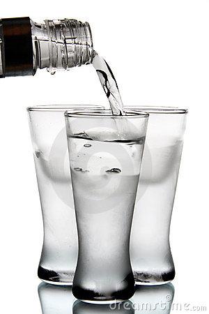 Чтобы умереть, достаточно выпить 100—150 г этого жидкого продукта
