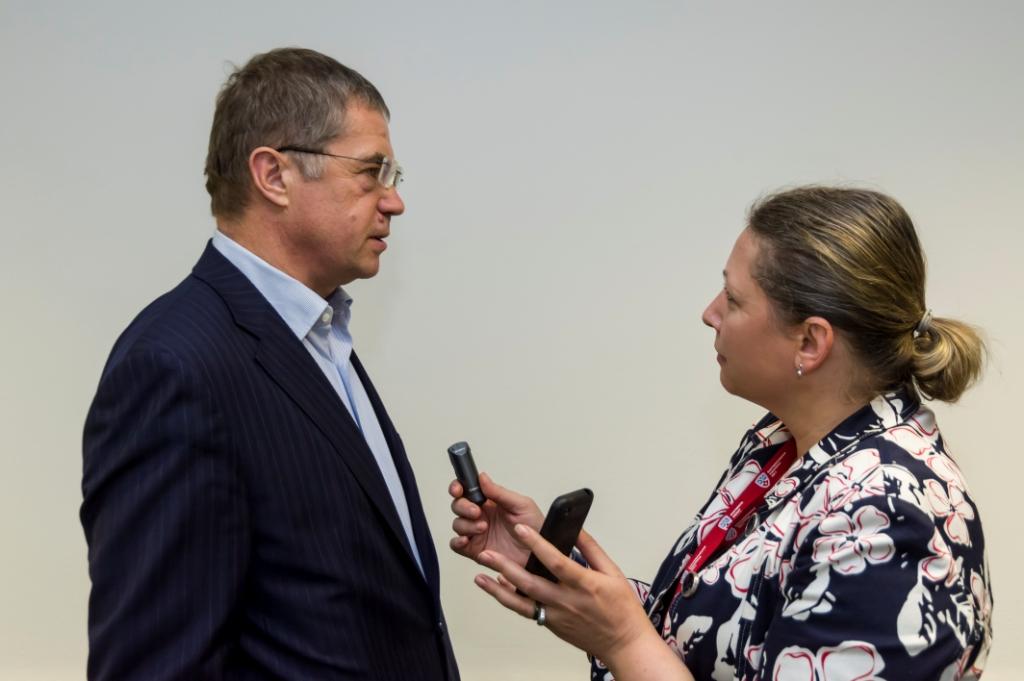 Александр Медведев и шеф-редактор ПТ Наталья Судленкова