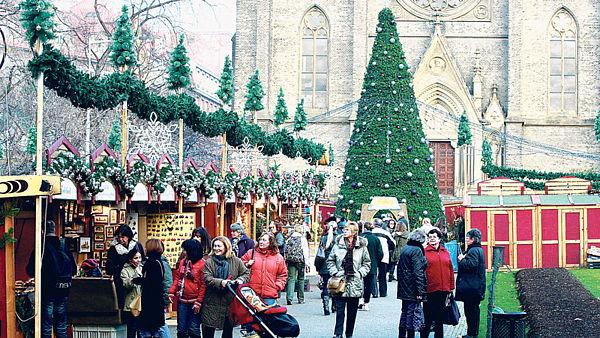 Рождественнские базары уже ждут гостей