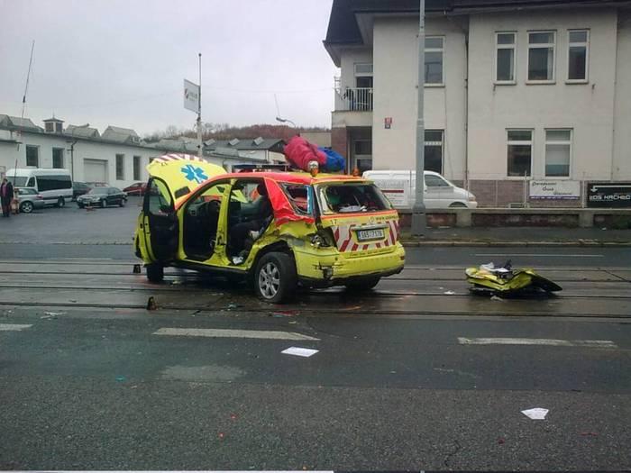 Столкновение произошло в 8 утра в районе Прага 8