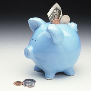 Средняя зарплата в Чехии снижается из-за инфляции