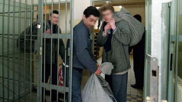 Многие из освобождённых заключённых вновь попали в тюрьму
