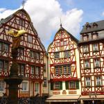 чешские граждане покупают небольшие дома в немецкой области «Железная руда».