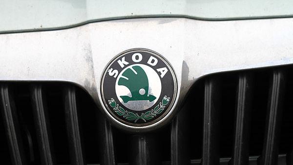 В 2012 году компанией было продано 939 200 автомобилей