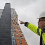 Высота этого здания составляет 111 метров