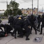 В Чехии экстремисты начали оказывать сопротивление полиции
