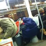 Пражских бездомных не желают вижеть в общественном транспорте