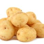 Картофель и молоко – и те не по карману