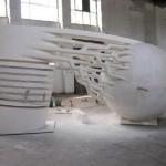 Памятник будет представлять собой электрический разряд