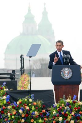С кем идти Праге: с Европой или США?
