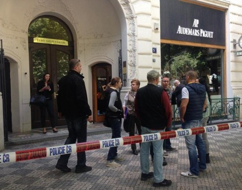 В центре Праги ограблен магазин Audemars Piguet
