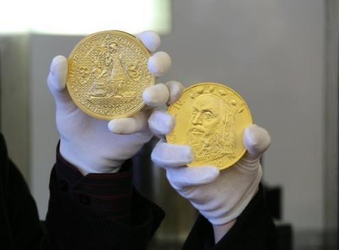Медаль с портретом Карла IV