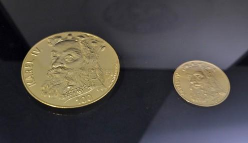 Золотая медаль с изображением Карла IV