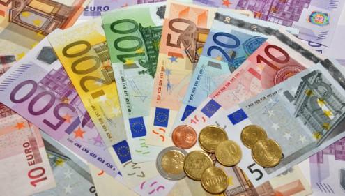Переход на евро неактуален и из-за проблем ЕС с Грецией