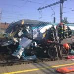 Поезд после столкновения