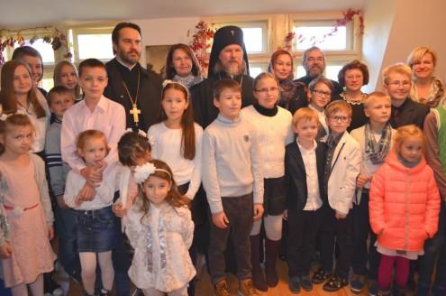 Архиепископ Марк, отец Николай в воскресной школе