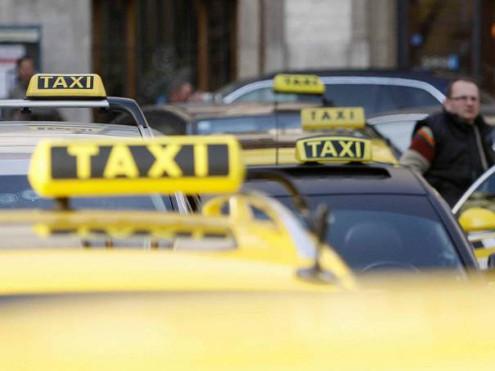37-praha-taxi-protest-ceny-doprava_denik-605