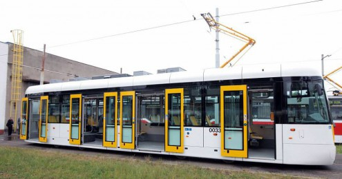 6449815-praha-nizkopodlazni-tramvaj-evo1-opravna-tramvaji-hostivar-9_galerie-980