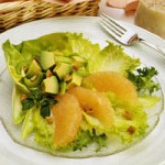 Салат из авокадо с грейпфрутом
