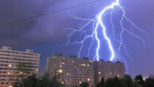 На Чехию вновь надвигаются сильные грозы