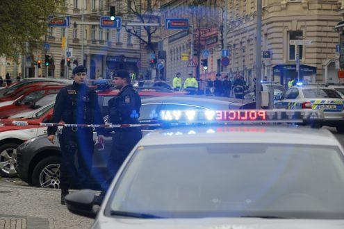 Аноним сообщил о бомбе в центре Праги