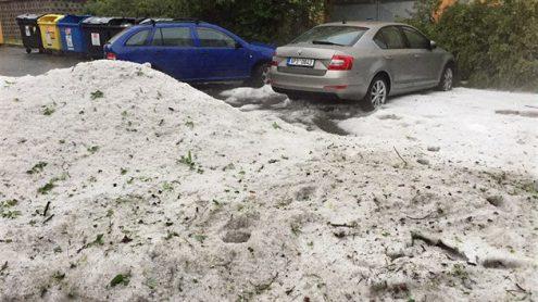 В понедельник в Чехии были сильные грозы и град