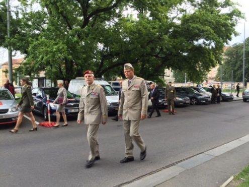 В Чехию прибыл председатель Военного комитета НАТО