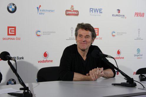 Уиллем Дефо на кинофестивале в Карловых Варах