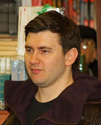Дмитрий Глуховский: «Мои герои и читатели взрослеют вместе со мной»